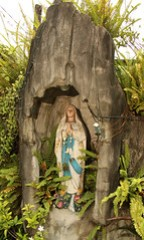 street side grotto- Virgin Mary