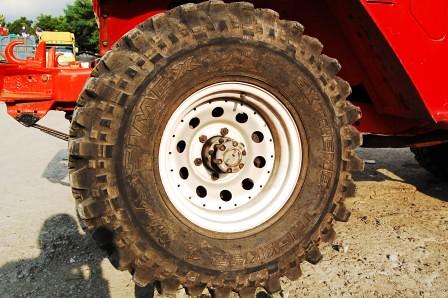 JFJ's FJ Simex Tires