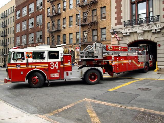 E084l Fdny Ladder 34 Washington Heights New York City
