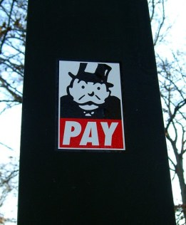 Pay