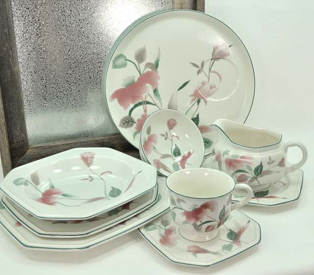 Cozy mikasa silk flowers 1990 dinnerware 7500 service for castrophotos mikasa silk flowers 1990 dinnerware 7500 service for mightylinksfo