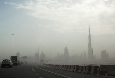 Approaching Dubai in a (mild) sand storm | Flickr - Photo ...