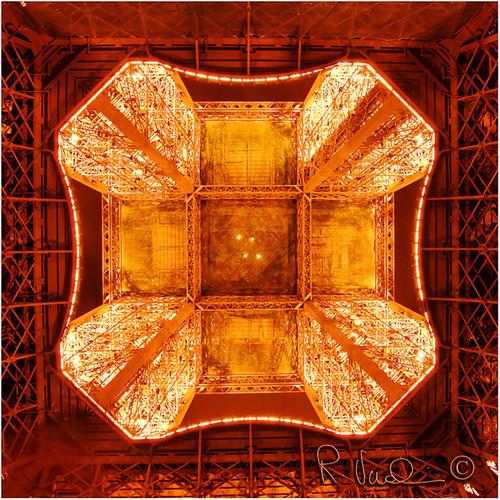Eiffel por Roberto