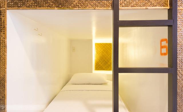 TWO2TRAVEL: MNL Beach Hostel Boracay
