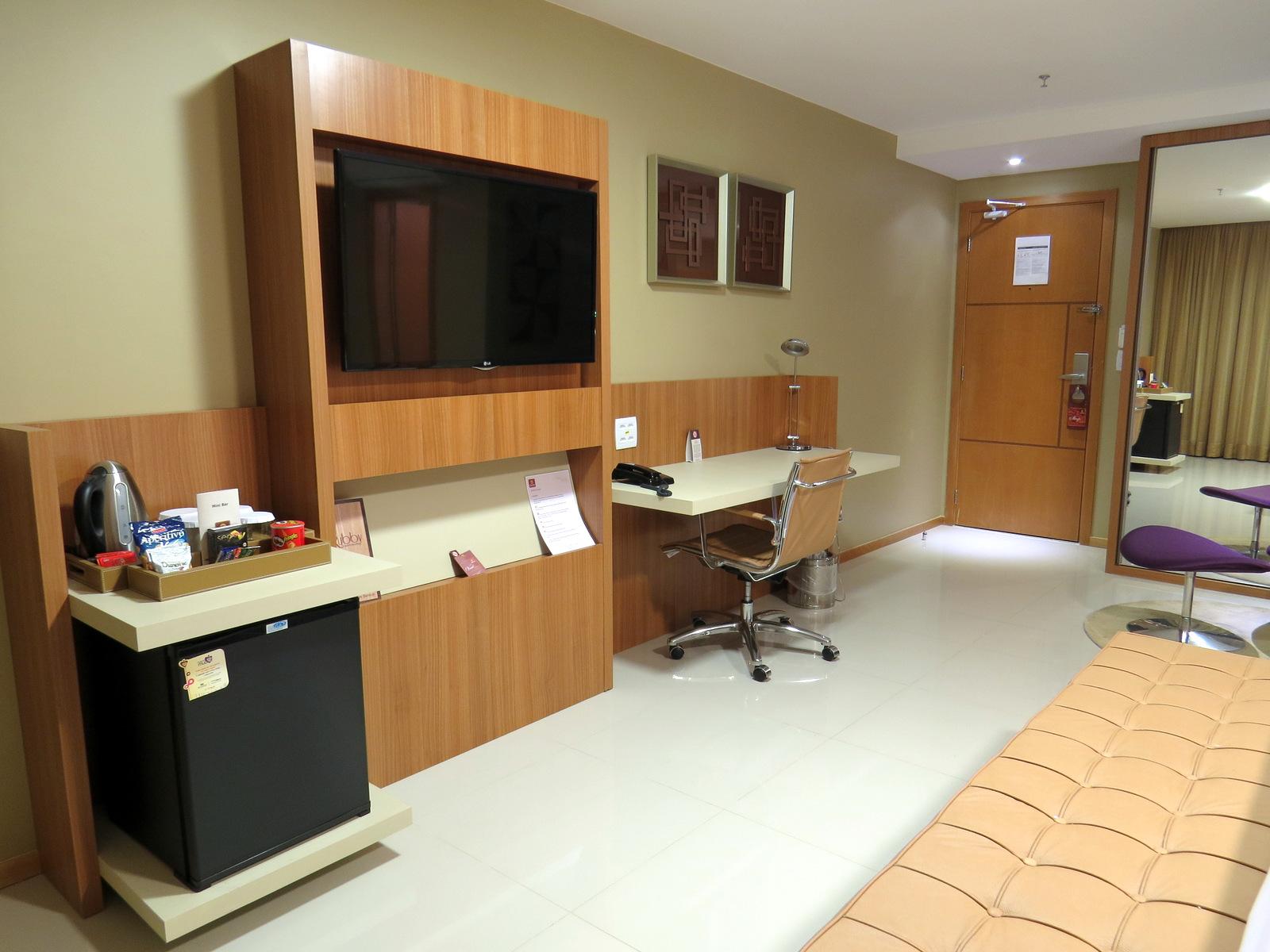 PAC NO MUNDO: Clarion Jade Brasília: novo hotel de luxo na Capital  #6D4624 1600x1200 Balanca Banheiro Melhor