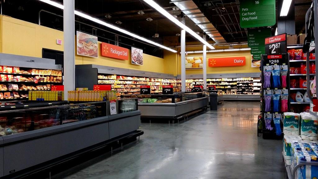 Walmart in Tysons Corner Urban-style Walmart in Tysons Cor\u2026 Flickr