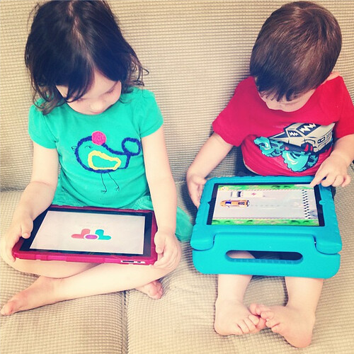 Kids on their iPads, Case Review