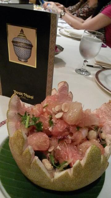 Pomelo salad