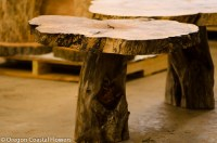 天然木质人物底座