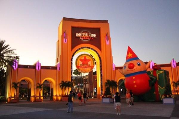 Universal Orlando Holidays 2013