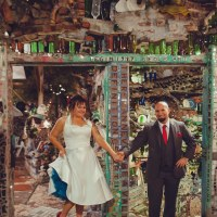 Kari & Chris' artsy red and teal wedding