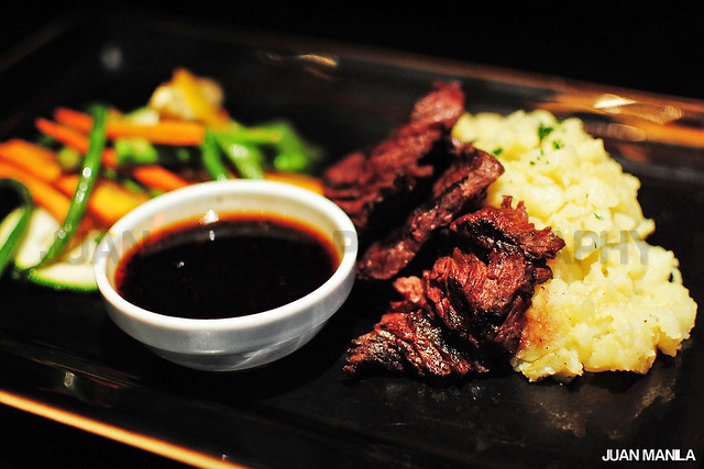 Sweet and savory Pepper Flank Steak with Oriental Black Pepper Sauce and Homestyle Potatoes will upbeat business meetings inside Buddha-Bar Manila.
