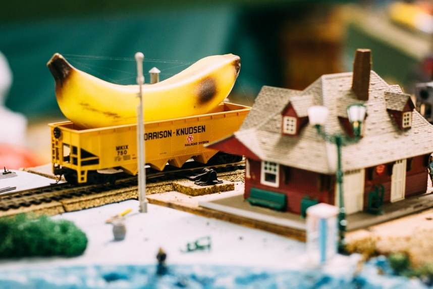 Trains: Banana Car