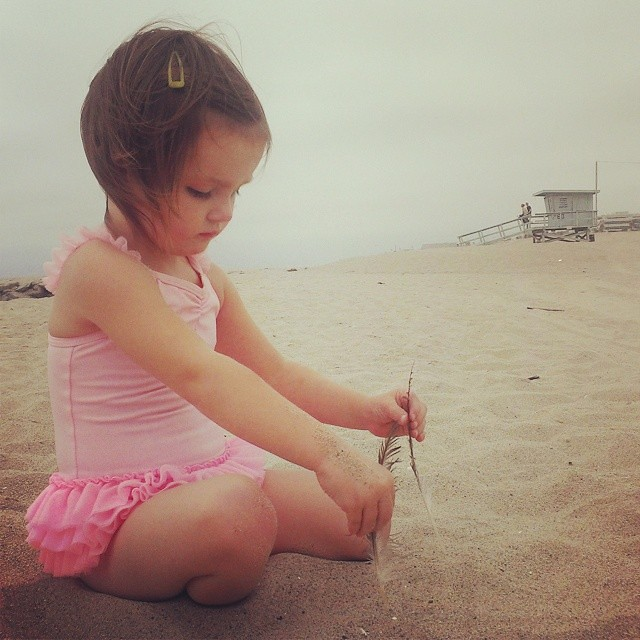 Pretty beach day! #californiakids #feelslikesummer