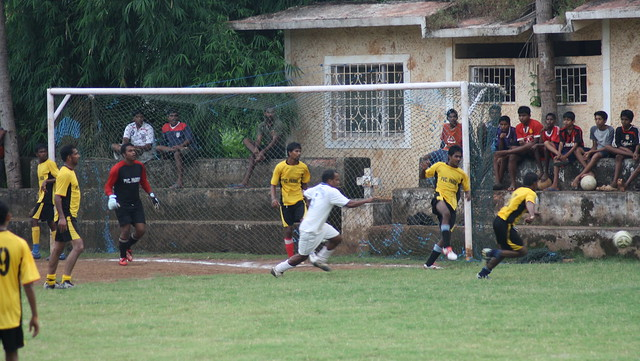 Frantic moments in front of the goal