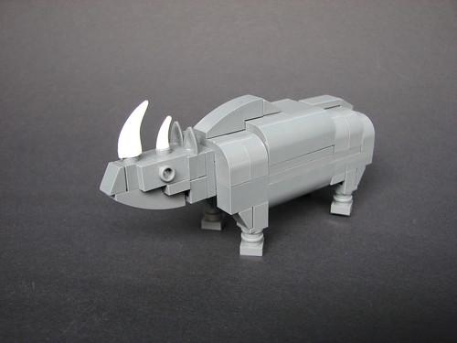 LEGO -2x4- rhinoceros