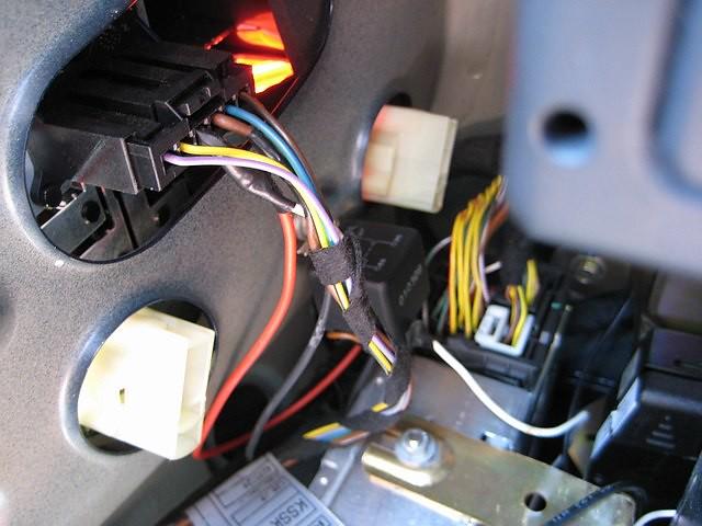 Install advice need for Rear View Camera - E39