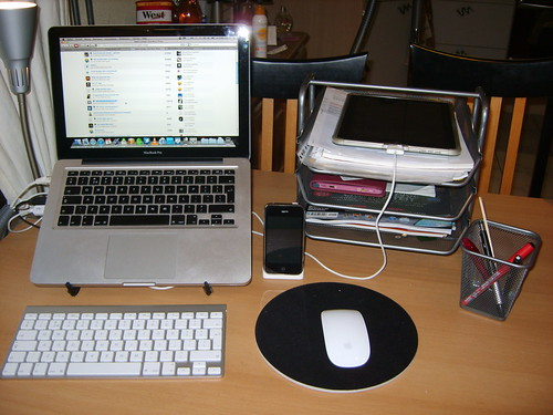 Nieuwe setup middels een stand en wireless keyboard...