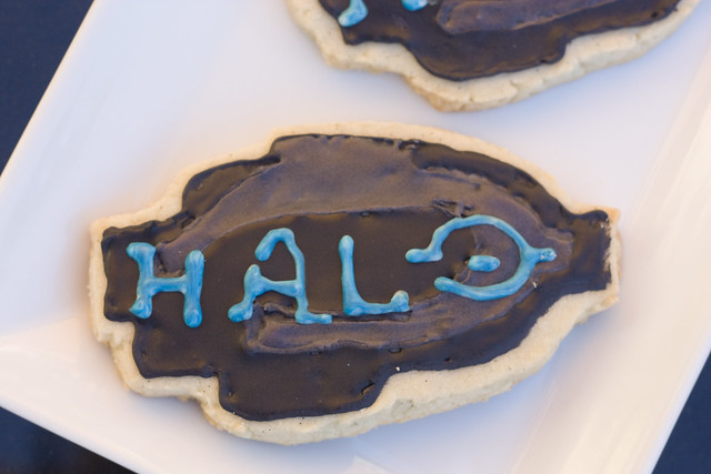 My attempt at a Halo Reach Decorated Vanilla Bean Sugar Cookie