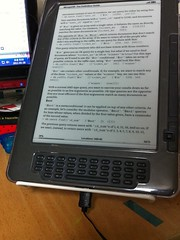 Kindle DX Graphite 와 Easy iPad Stand #005