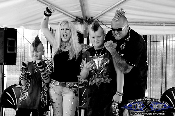 Lita Ford / Jim Gillette / Children - Wonderful Family