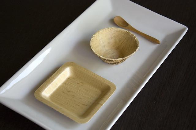 Restaurantware Bamboo Disposable Plates