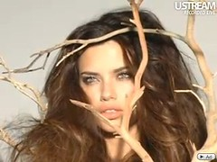 Adriana Lima - Ustream