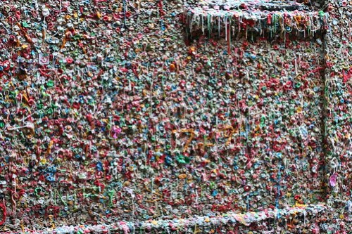 Wall of wishing gum