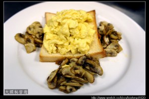 [西餐]蛋類 炒蛋附洋菇片