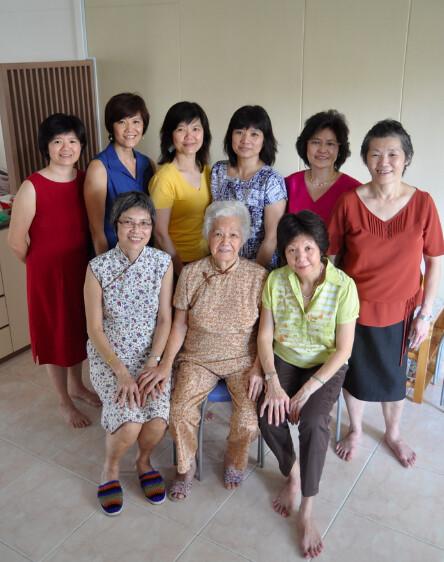 8 Daughters_Po