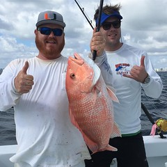 Capt. Manny & Capt. Billy catch another big Red Snapper off Miami Beach