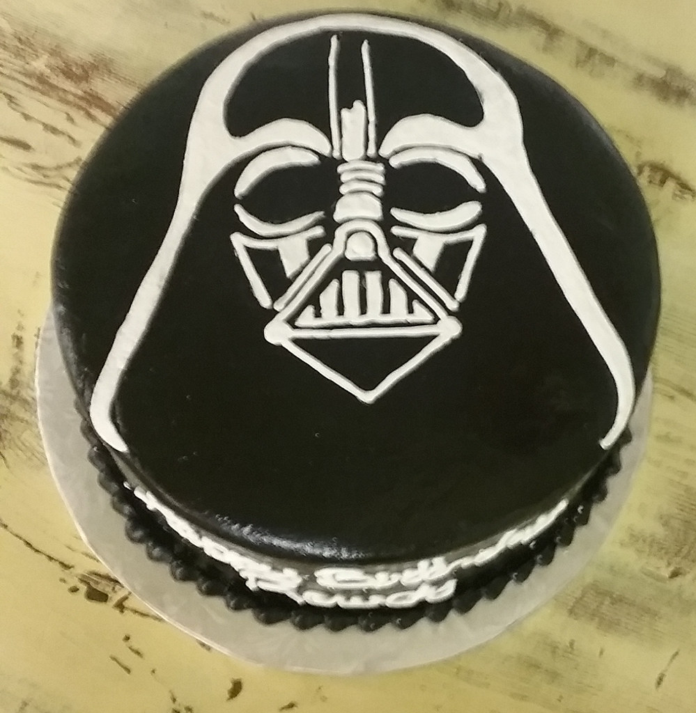 Darth Vader Kuchen The World S Best Photos Of Birthday And Vader Flickr Hive Mind