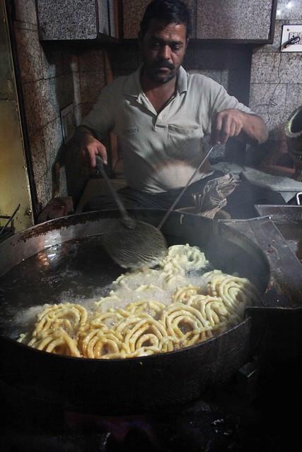 City Food – Jalebi, Old & Famous Jalebi Wale