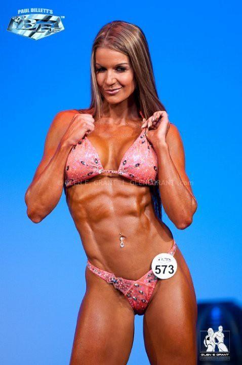 ripped fitness abs bikini girl