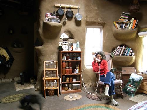 Gobcobatron Cob House Interior