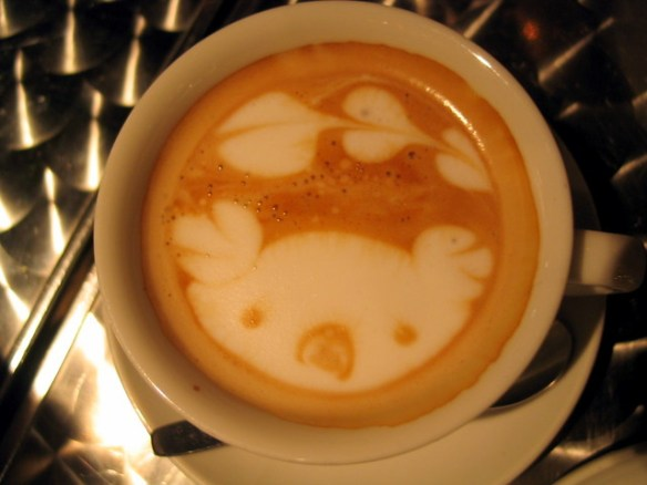 Tokyo coffee art - koala bear