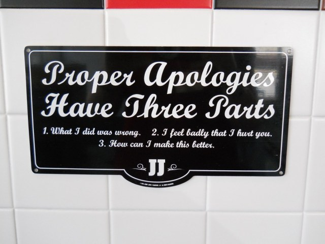 Apologies have 3 parts