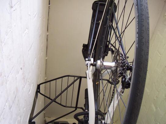 Gear Up Off The Wall 2 Bike Horizontal Bike Rack Review