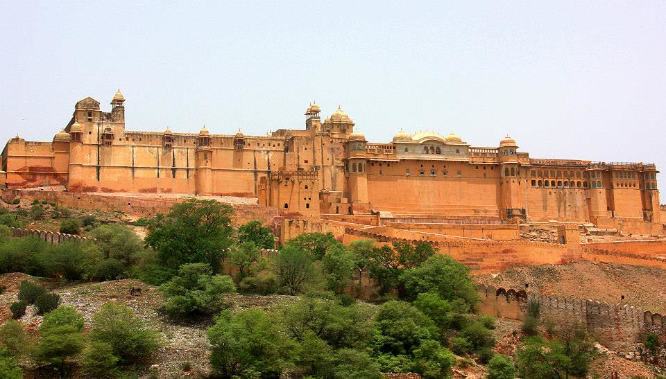The glorious golden pink hued Amer Fort