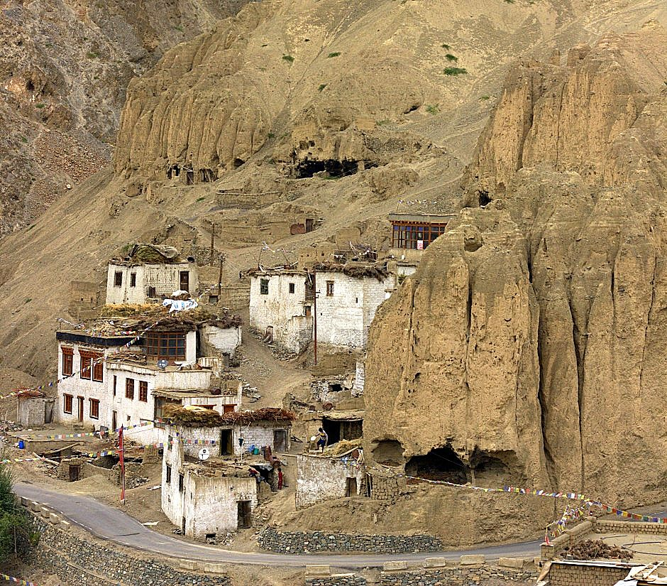 An obscure village somewhere on the route reaching Ladakh by road