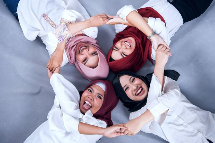 gofotovideo makeup artist / tata rias universitas negeri jakarta 0237