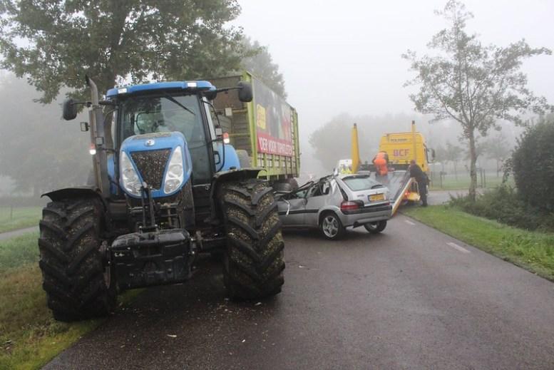 e743125c-0d87-4bd5-a9f6-c757e6260a86 vko Lippenhuizen tractor 4