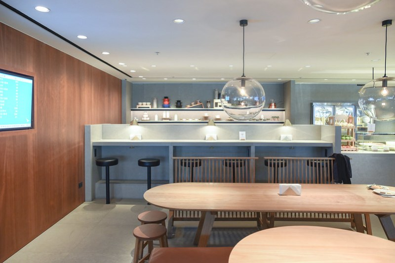 food hall - the pier business class lounge