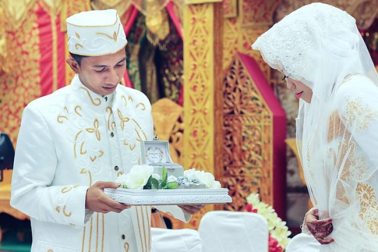 gofotovideo pernikahan adat minang di graha wredatama 164