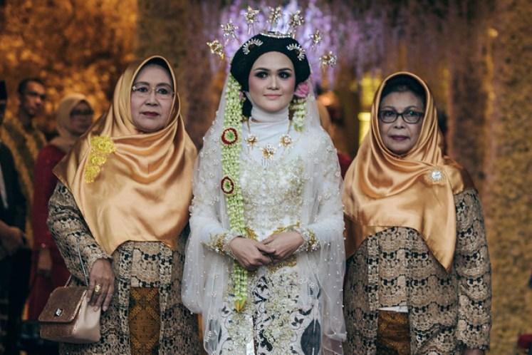 gofotovideo pernikahan raisya & nando at patra jasa kuningan jakarta 022
