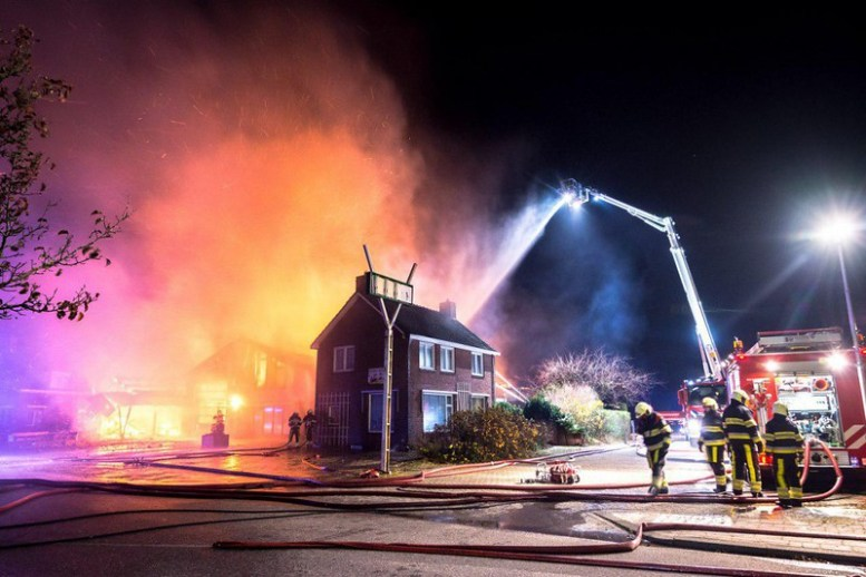 Grote brand Niawier 3