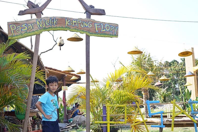 Pasar Ndelik Kampung Flory Sleman