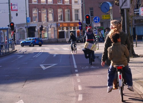 How kids normally get around in Holland