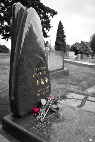 Brandon Lee's grave