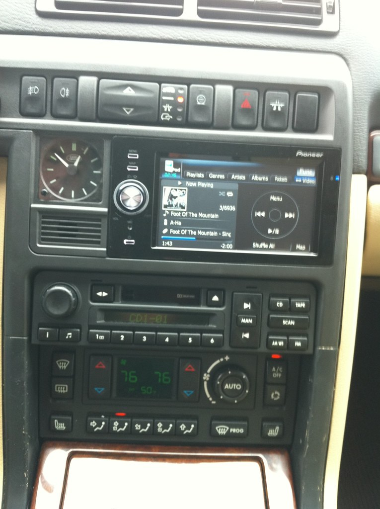 Installed Pioneer Head Unit in P38 (Clean GPS Install) - Land Rover